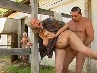 Cumshots,Grannies,Threesomes,Mature