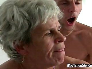 Amateur,Grannies,Mature Young Guy Fucks Fat old hairy granny...