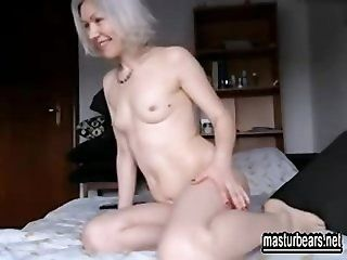 Amateur;Mature;Masturbation Profound solo joy 51 years old Anna