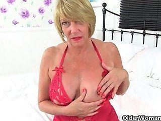 Big Tits;Amateur;Mature;MILF;Masturbation;Blonde;Lingerie;HD British milf Amy...