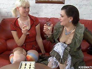 Lesbian;Mature;HD RUSSIAN MATURE ELSA LESB 09