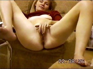 Amateur;Mature;MILF;Redhead Maria playing...
