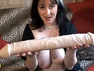 French,Mature,Brunette,Dildos/Toys A horny brunette mature French gal...