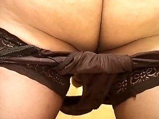 Hairy,Mature,Fetish,Shemale,Blowjob Hairy mature slut...
