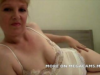 Mature;Blonde Hot Mature Mandy Teasing On Cam