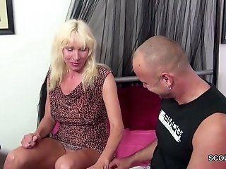 Big Tits;Cumshot;Mature;MILF;HD Stiefsohn...