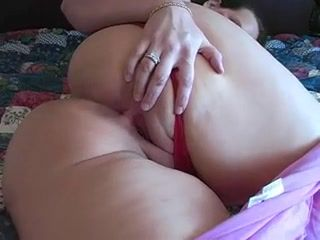 Amateur,BBW,Mature Lovely big booty...