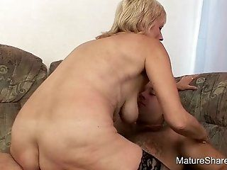 Blonde,Grannies,Mature Watch grannys saggy butt wiggle and...