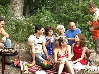 Amateur;Group;Mature;Blonde;HD Ausflug zum See...