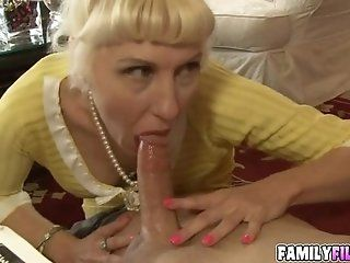 Mature;MILF;Blonde;HD Sweet hot MILF...