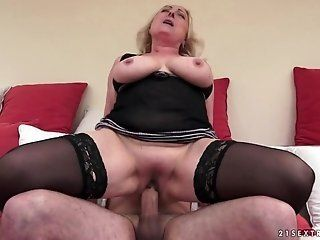 BBW,Big Butt,Big Tits,Mature,Cunnilingus,Hardcore,Stockings Sila is a cool...