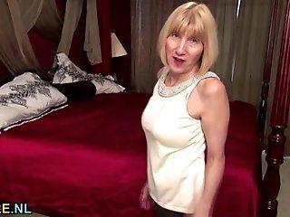 Mature;Masturbation;Blonde;HD Talkative...