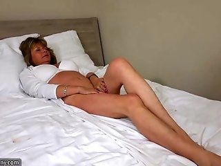 Lesbian;Mature;Blonde;HD OldNanny sexy mom with ten masturbate...
