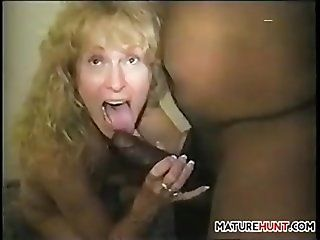 Amateur;Mature;Interracial;Blonde;Creampie Wife Enjoying A...
