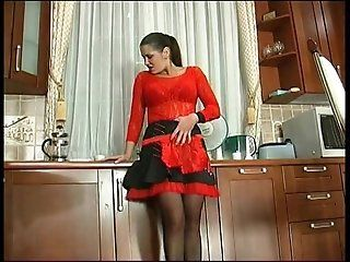 Mature RUSSIAN MATURE EMILIA 21