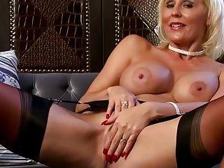 Lingerie;Masturbation;Matures;MILFs;Stockings;JOI;Striptease;Stocking Tease;Sexy Tease;Sexy Strip;Tease;Sexy Sexy Stocking Strip Tease JOI... IT4