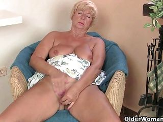 BBW;Big Boobs;Grannies;Matures;MILFs;Granny;Grandma;Old;Chubby;Shaved;Point of View;English;GILF;Solo;Mother;Sandie;Vibrator;Older;Orgasm;British MILF;Older Woman Fun Voluptuous granny...