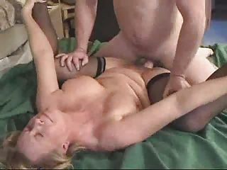 Creampie;Matures;MILFs;Inexperienced;Pecker Mrs. Morgan Accepts An Inexperienced...