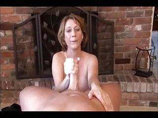 Blowjobs;Facials;Handjobs;Matures;MILFs;Hand Mouth Mommy Gives Some...