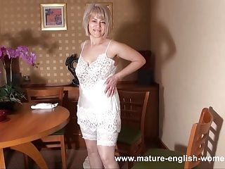 Amateur;Lingerie;Matures;Stockings;Vintage;HD Videos;English;Mature English Women Masture English...