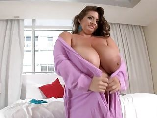 Big Boobs;Big Butts;Lesbians;Matures;Sex Toys;HD Videos;Top Rated;Female Choice;Deep Massage Deep massage for a donut