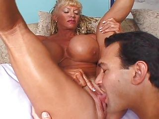 Blondes;Matures;Bodybuilder;Huge Tits Mature...