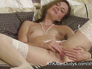 Amateur;British;Masturbation;Matures;MILFs;HD Videos;Snatch;Spreads;Aunt Judy's Mommy Sofia...
