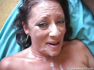 Brunettes;Cumshots;Hardcore;Matures;MILFs;Top Rated;Old;Mother;Wife;Housewife;Big Tits;Pussy;Granny;Older;Grandma;Very Hard Fuck;Very Old;Very Hard;Very Sexy;Sticky;Old Spunkers Very sexy old...
