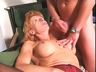 French,Mature,Oldie Old French boss fucking with her...