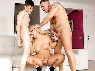 Anal,Big Tits,Blonde,DP,Latina,Pornstars,Threesomes,Mature,Big Butt Well-hung Spanish stud Nacho Vidal...
