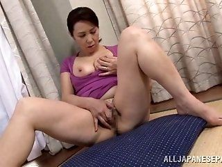 Asian,Japanese,Mature,Big Tits,Blowjob,Cumshots,Masturbation,Hardcore Yuuko Kuremachi is enjoying pussy...