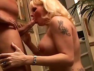 Big Tits,Cumshots,MILFs,Mature