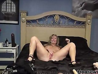 Big Tits;Amateur;Mature;MILF;Masturbation huge black toy in...