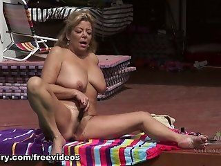 Hairy,Big Butt,Big Tits,Blonde,Masturbation,Mature Karen Summer is...