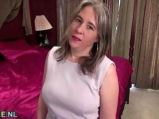 Mature;Masturbation Horny mature lady...