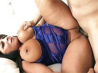 Mature,Brunette,Latina,BBW,Hardcore,Big Butt,Big Tits Cassidy Exe is a super-horny plumper...