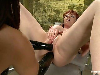 Fisting,HD,Mature,Dildos/Toys,Lesbian Kylie Ireland, holy fuck! This woman...