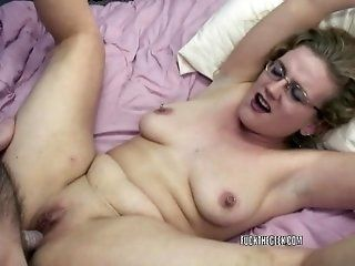 Amateur,Hardcore,Mature,MILFs Swinging housewives Chastity Sinn and...