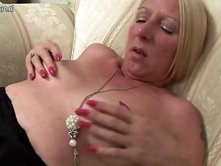 Amateur;Mature;MILF Dirty mature slut...