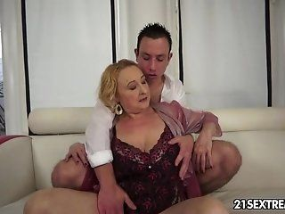 Big Butt,Big Tits,Blonde,Blowjob,Cumshots,European,Facial,Mature,Rimming,College,Grannies,Hardcore,Fingering Rob is grand in...