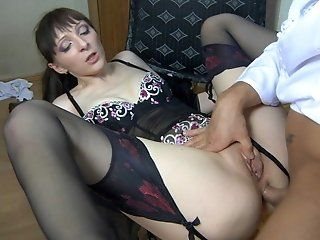 Hardcore,Mature,Stockings,Brunette,Anal In chair by the...