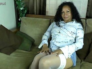 Amateur;Mature;MILF Amateur spanish mom first time ...