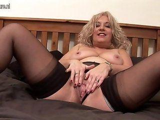 Amateur;Mature;MILF Blonde mature...