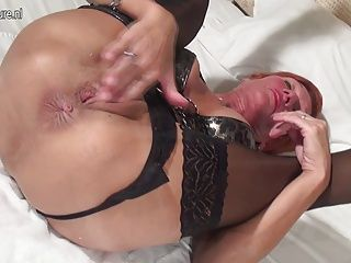 Amateur;Grannies;Matures;MILFs;Squirting;HD Videos;Banana;Mother;Toying;Mature NL Squirting red...