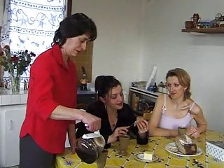 Anal;Lesbians;Matures;Top Rated;Party;Couple;Clitoris;Fucking french family(1ere partie)