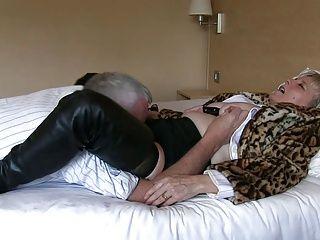 Blowjobs;Grannies;Matures;Granny Granny...