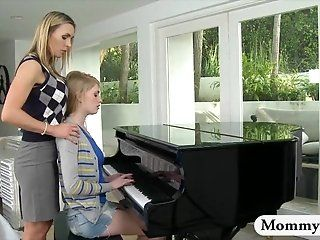 Mature,MILFs,College,Oldie,Spanking,Blonde Mature piano...