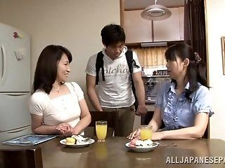 Asian,Japanese,Mature,Blowjob,Cumshots,Hardcore Appetising Japanese mature hottie...