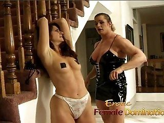 Lesbian;Mature;Fetish Muscly dominatrix...